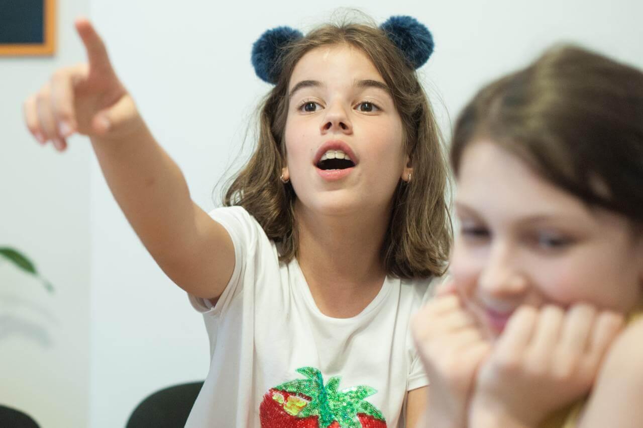 Cursuri-engleza-copii-clasele-V-V-I-I-I